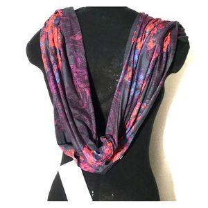 Fablatics Luna infinity scarf